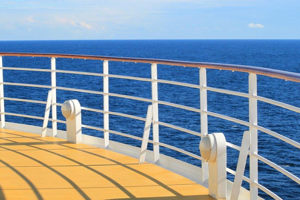 ship-273622_1280